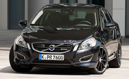 Hot 330PS Volvo S60 T6 Design by Heico Sportiv