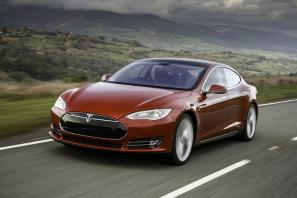 Tesla Model S finance package now available