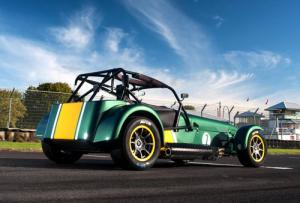 Caterham launches the 275 bhp Seven Superlight R600