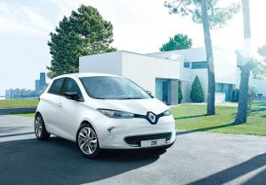 Renault to offer free Wall-Box with every new Zoe