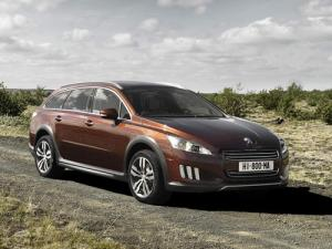 The new Peugeot 508 RXH