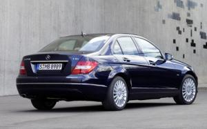 Mercedes C-Class face-lifted