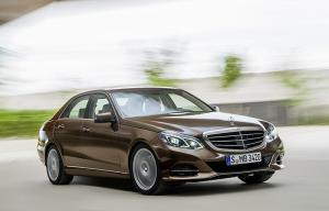 First official release of 2013 Mercedes-Benz E-Class photos and specifications