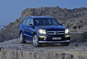 Prices and specs announced for new Mercedes-Benz GL-Class