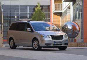 2010 Chrysler Grand Voyager range updated