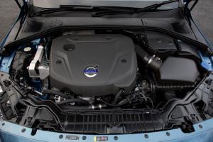 Volvo XC60 D4 Drive-E engine