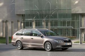 Skoda Superb Combi estate to debut at Frankfurt