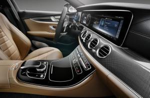 2017 Mercedes E-Class interior