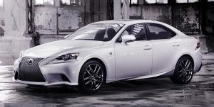 2013 Lexus IS – first official pictures released