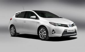 New Toyota Auris to debut at Paris