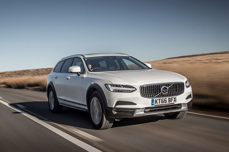 volvo v90 cross country review cars news newslocker. Black Bedroom Furniture Sets. Home Design Ideas