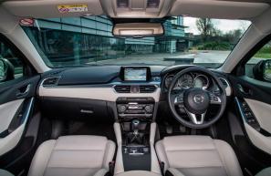 2015 Mazda 6 interior