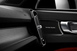 New Volvo XC40 - Harman Kardon speakers