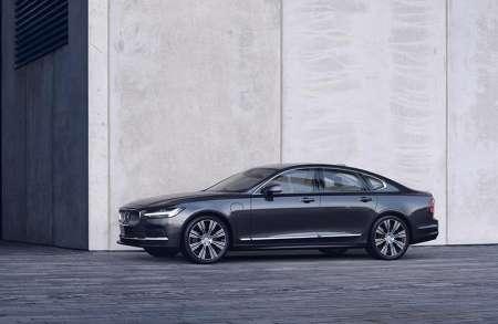 Volvo S90 and V90 models refreshed, new mild-hybrid options