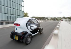 New window kit for Renault Twizy arrives just in time for winter