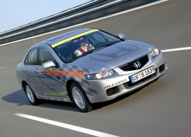 Honda Accord diesel sets new World Records