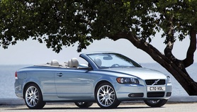 The new Volvo C70 – a Convertible and Coupe