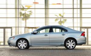 New Euro 5 D5 diesel engine for Volvo S80