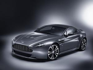 Aston Martin V12 Vantage to debut at Geneva