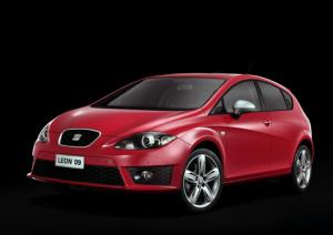 First photos of new Seat Leon and Altea