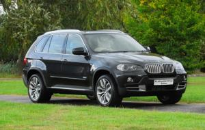 The new BMW X5 xDrive35d 10-Year Edition