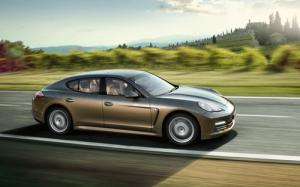Porsche Panamera Gran Turismo gets 3.6-litre V6 and four-wheel drive