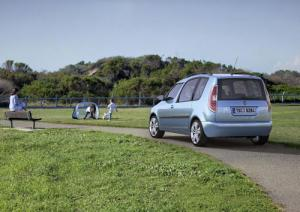 Skoda unveils new Fabia Estate GreenLine II and Roomster GreenLine II