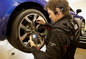 New Audi Direct Reception system allows you to watch technicians as they work