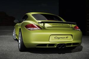 The new Porsche Cayman R