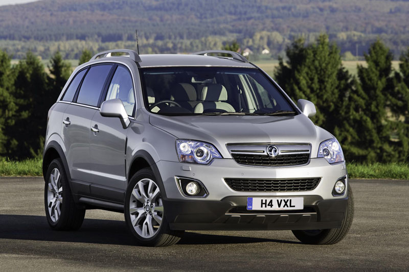 vauxhall antara 4 4 gets a new look archive testdriven. Black Bedroom Furniture Sets. Home Design Ideas
