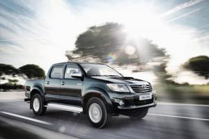 New look and new features for 2012 Toyota Hilux pickup