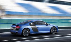 Revised 2013 Audi R8 range features faster S-tronic twin-clutch sports transmission