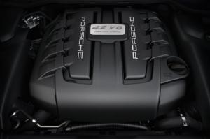 New Porsche Cayenne S Diesel with 381hp twin-turbo 4.2-litre V8
