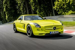 Mercedes SLS AMG Coupe Electric Drive conquers Nordschleife in 7:56.234