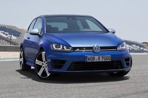 New VW Golf R revealed: 300PS, 62mph in 4.9s