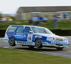 Volvo 850 Estate at the 1994 BTCC