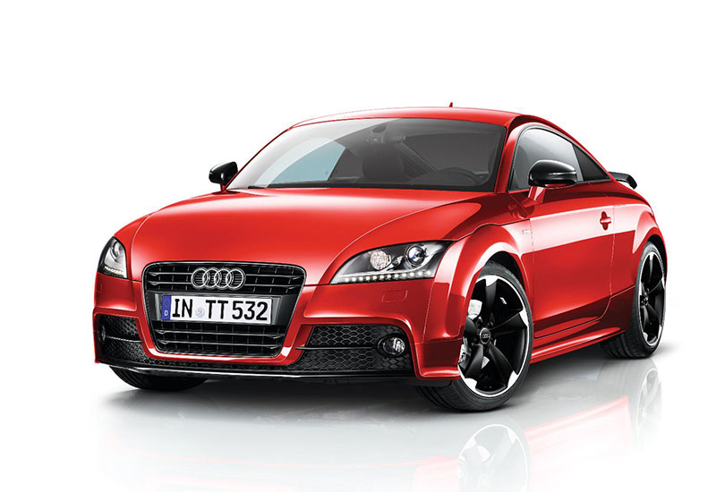 Audi TT Coupe and Roadster now available with Amplified Black option