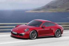 New Porsche 911 Carrera GTS models added