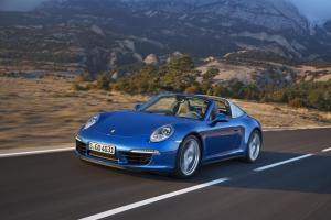 Porsche 911 Targa unveiled at Detroit