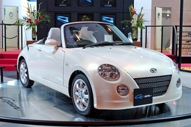 Daihatsu does 'all-white' with Copen