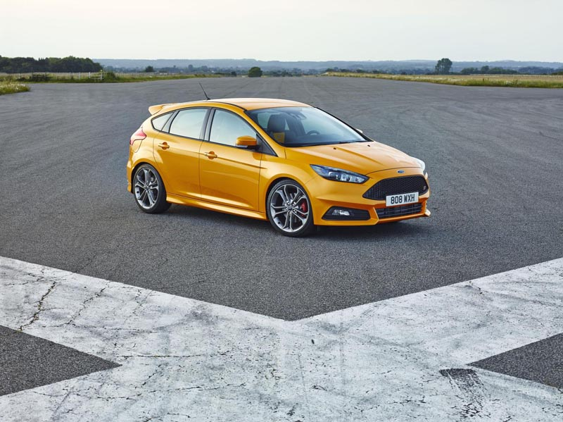 New Ford Ranger 2016 >> New Ford Focus ST on sale now, priced from £22,195 | News ...