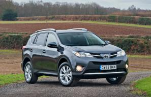 Toyota RAV4 updated for 2014, price drop for entry-level model