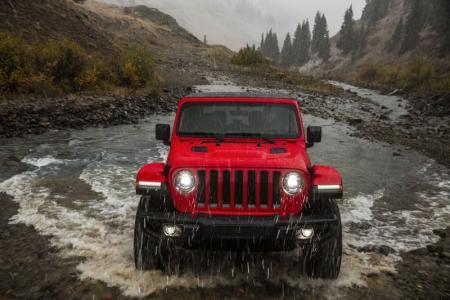 2018 Jeep Wrangler JL unveiled