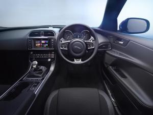 Jaguar XE R-Sport