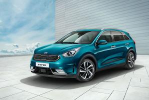 Kia Niro, Optima Sportswagon debut at Geneva