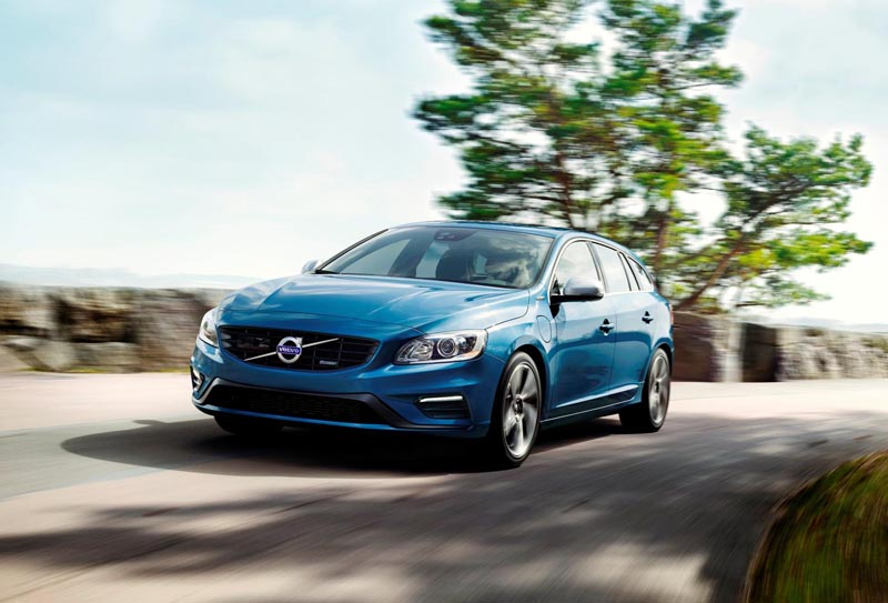 Volvo V60 Plug-in Hybrid now available in R-Design spec