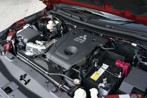 Mitsubishi L200 Series 6