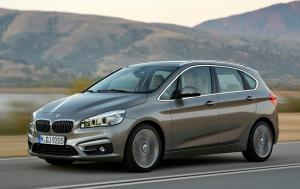 BMW 2 Series Active Tourer uses front-wheel-drive for first time