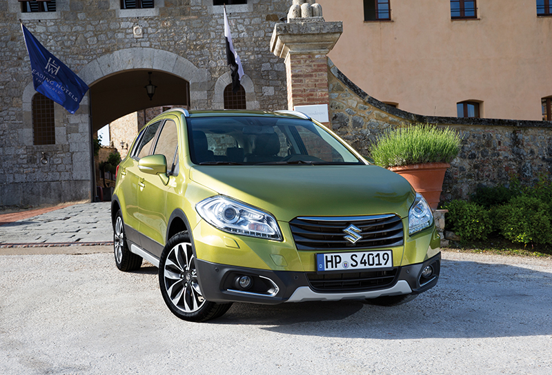new suzuki sx4 s cross on sale october from 14 999 testdriven. Black Bedroom Furniture Sets. Home Design Ideas