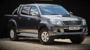 Toyota Hilux Video Review